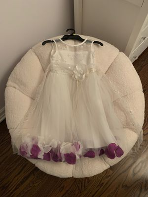 Flower girl dress for Sale in Arlington Heights, IL