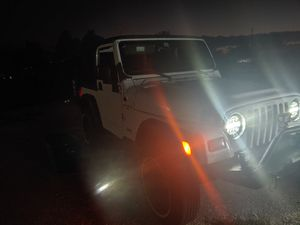 Jeep 4.0 automatic Wrangler for Sale in Miami, FL
