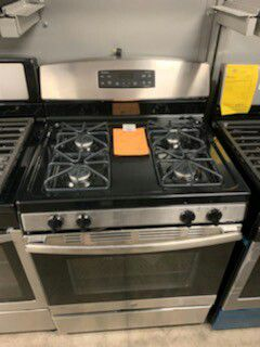 New GE Stainless 4 Burner Gas Range!1 Year Manufacturer Warranty Included! for Sale in Chandler, AZ