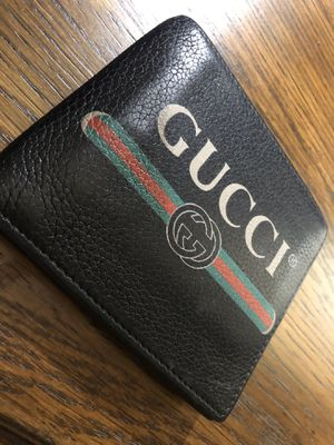Gucci wallet real leather for Sale in Houston, TX