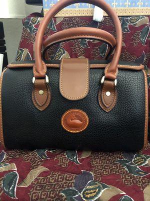Handbag / shoulder bag measures 11x5x7 cm for Sale in Rockville, MD