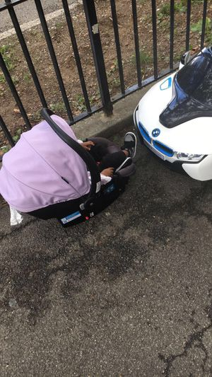 Safety Infant Car Seat for Sale in Brooklyn, NY