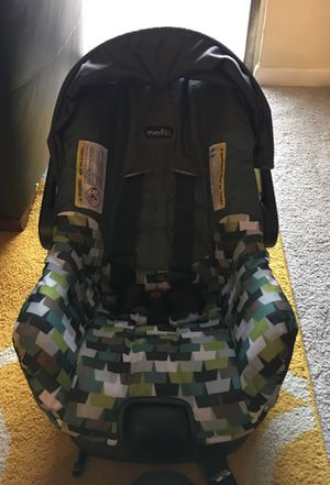 Evenflo Car seat for Sale in Raleigh, NC
