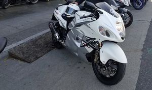 2006 Suzuki HAYABUSA !!!! BEAST BIKE!!! for Sale in Richmond, CA