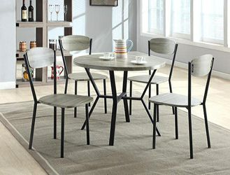 Blake Gray 5-Piece Round Dining Set for Sale in College Park,  MD