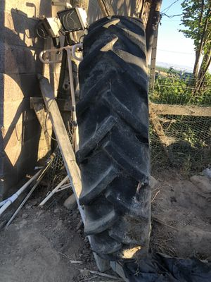 Tractors tires 40 x 11 used for Sale in Sunnyside, WA
