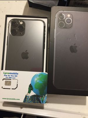 iPhone 11 pro max 256Gb Unlocked. for Sale in Queens, NY