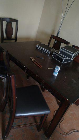 Kitchen table for Sale in Pico Rivera, CA