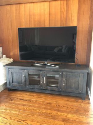Black TV Console Table for Sale in BEL TIBURON, CA