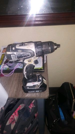 Makita drill one battey and one chargers for Sale in Sacramento, CA
