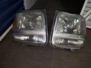 dodge nitro head lights for Sale in Brooklyn, NY