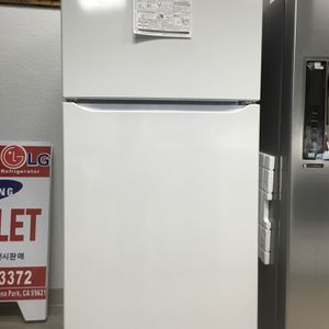 LG REFRIGERATOR - Top-Freezer - 2-Door - 20 Cu. Ft. Capacity #450 for Sale in Buena Park, CA