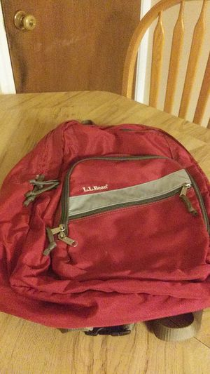 L.L.Bean red backpack good condition for Sale in Wethersfield, CT