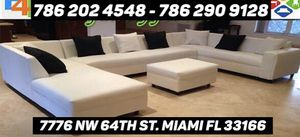 Large Zu sectional couch for Sale in Miami, FL