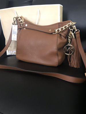 Micheal Kors Megan Medium Messenger Bag for Sale in Las Vegas, NV