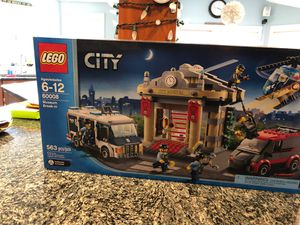 LEGO City set 60008 Museum Break in for Sale in North Andover, MA