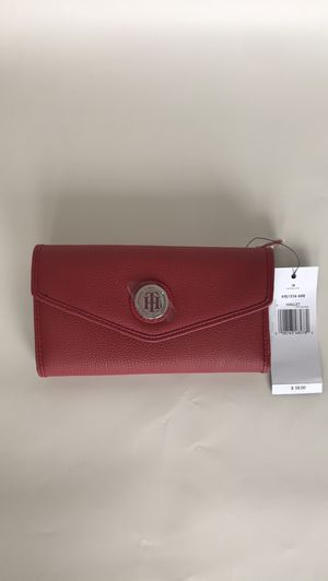 Tommy hilfiger leather large wallet for Sale in North Bay Village, FL