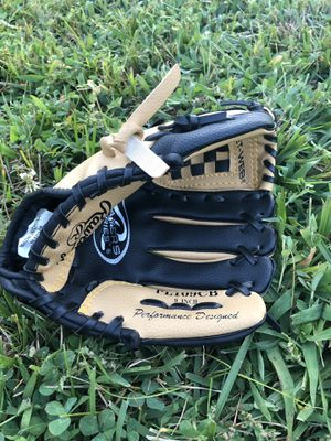 Boys Baseball Glove for Sale in Alexandria, VA