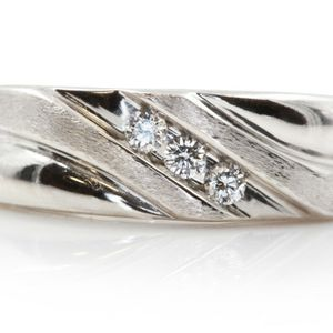 U1901 MENS WHITE GOLD DIAMOND WEDDING RING BAND 0.15CT 3.2GRAMS for Sale in San Diego, CA