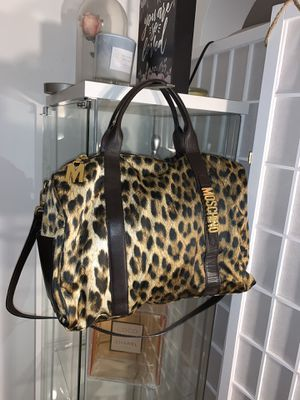Authentic Moschino Bag for Sale in Milwaukee, WI