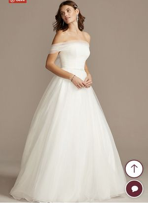 Wedding Dress - Size 2, Tulle, David's Bridal for Sale in Long Beach, CA