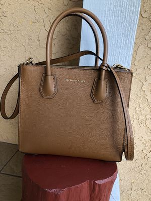 Michael Kors Handbag Purse for Sale in Anaheim, CA