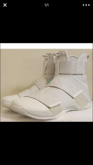 Nike Lebrons shoes for Sale in Tampa, FL