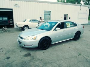 2009 CHEVY IMPALA LTZ FULLY LOADED LEATHER MOONROOF BOSE NO ISSUES 182XXX MILES 3.5 V6 for Sale in Flint, MI