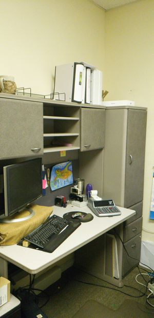 Desks with Hutche MUST GO MAKE OFFER for Sale in Lockhart, FL