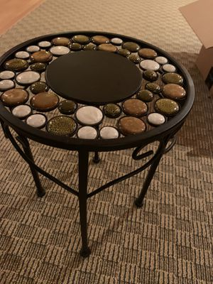 End table for Sale in East Windsor, NJ