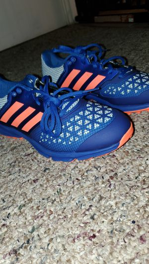 Adidas shoes size 8 1/2 for Sale in Tampa, FL