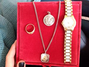 Women's Assorted Jewelry for Sale in Fargo, ND