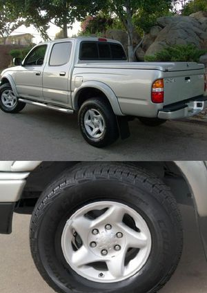 Belingoo2004 Toyota Tacoma 4WDWheels Clean for Sale in Los Angeles, CA