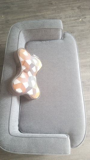 Lazy boy couch/bed for dog for Sale in Sandy, UT