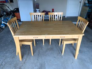 Kitchen table for Sale in McKinney, TX