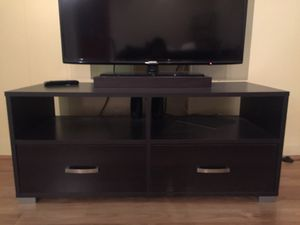 TV stand with drawers for Sale in Chicago, IL