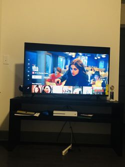 Vizio V Series 50'' for Sale in Alpharetta,  GA