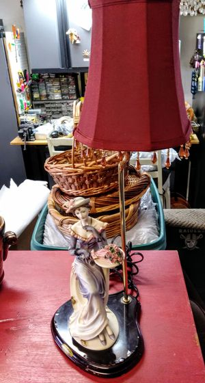 """VINTAGE """"RUBY'S COLLECTION"""" LADY LAMP for Sale in Discovery Bay, CA"""