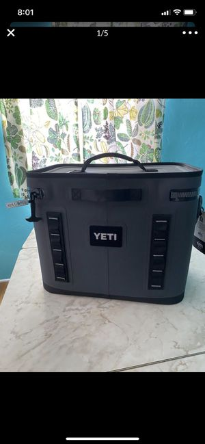 Yeti hopper flip 18 cooler for Sale in San Diego, CA