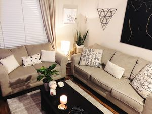 Sofa and loveseat set for Sale in Miami Lakes, FL
