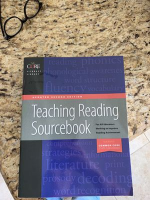 Teaching reading book Core literacy updated second edition for Sale in Miami, FL
