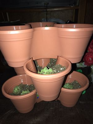 3 tier stackable pots will hold 9 plants all for $10 for Sale in Cuyahoga Heights, OH