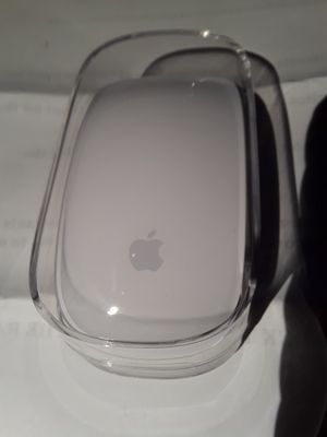 Apple wireless magic mouse for Sale in Chicago, IL