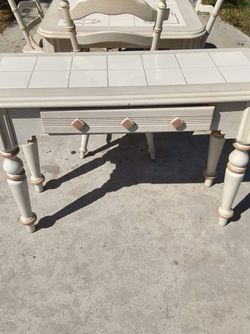 Table Set for Sale in Miromar Lakes,  FL