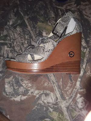Michael Kors size 8 womens heels for Sale in West Seneca, NY