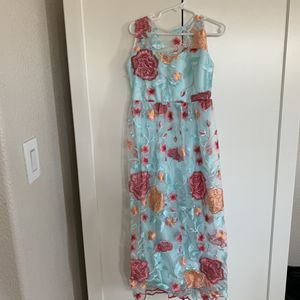 Girls long dress size 7 for Sale in Pacheco, CA