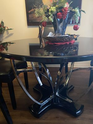 4 chair dining set for Sale in Bellflower, CA