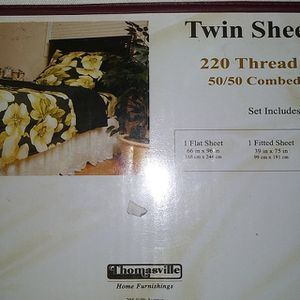 NICE Twin sheet Set brand new In Package THOMASVILLE NEW YORK for Sale in Manhattan Beach, CA