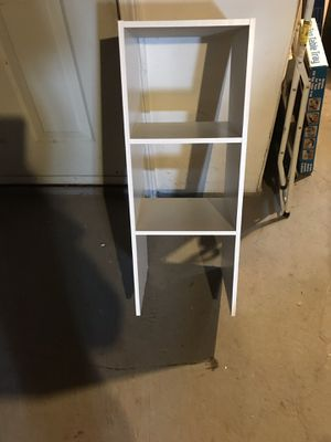 Small shelf for Sale in Belmont, MA