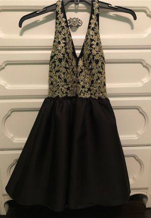 Beautiful homecoming dress/ prom dress for Sale in Grand Prairie, TX